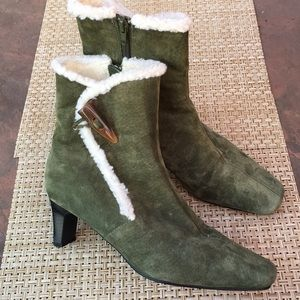 GREEN SUEDE LEATHER ANKLE BOOTIES SHEEPSKIN LINING